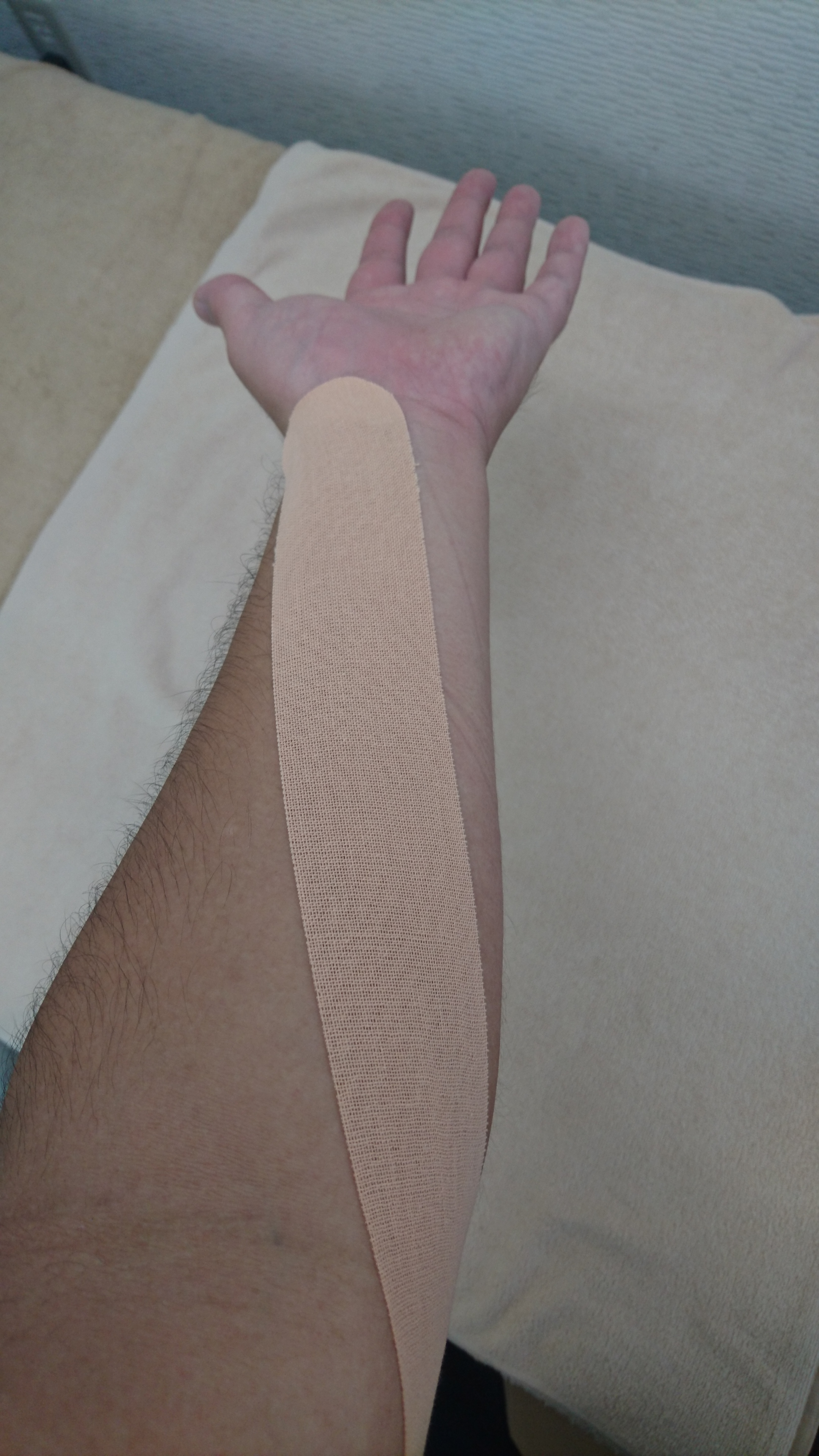テーピング 野球 肘 野球肘の痛みと治し方・テーピングで緩和する方法